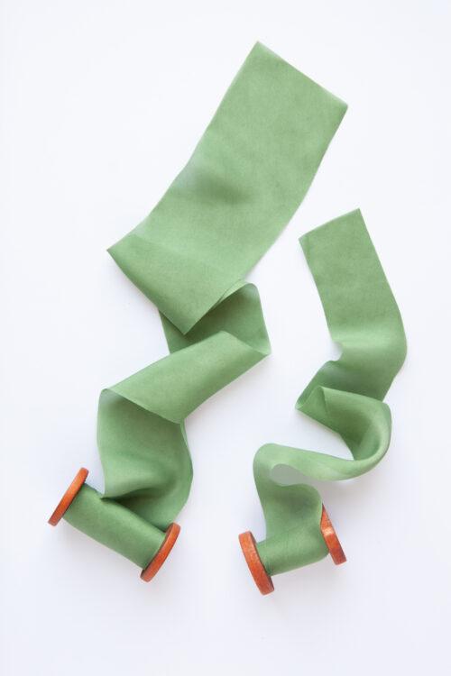 jedwabna wstazka zielona